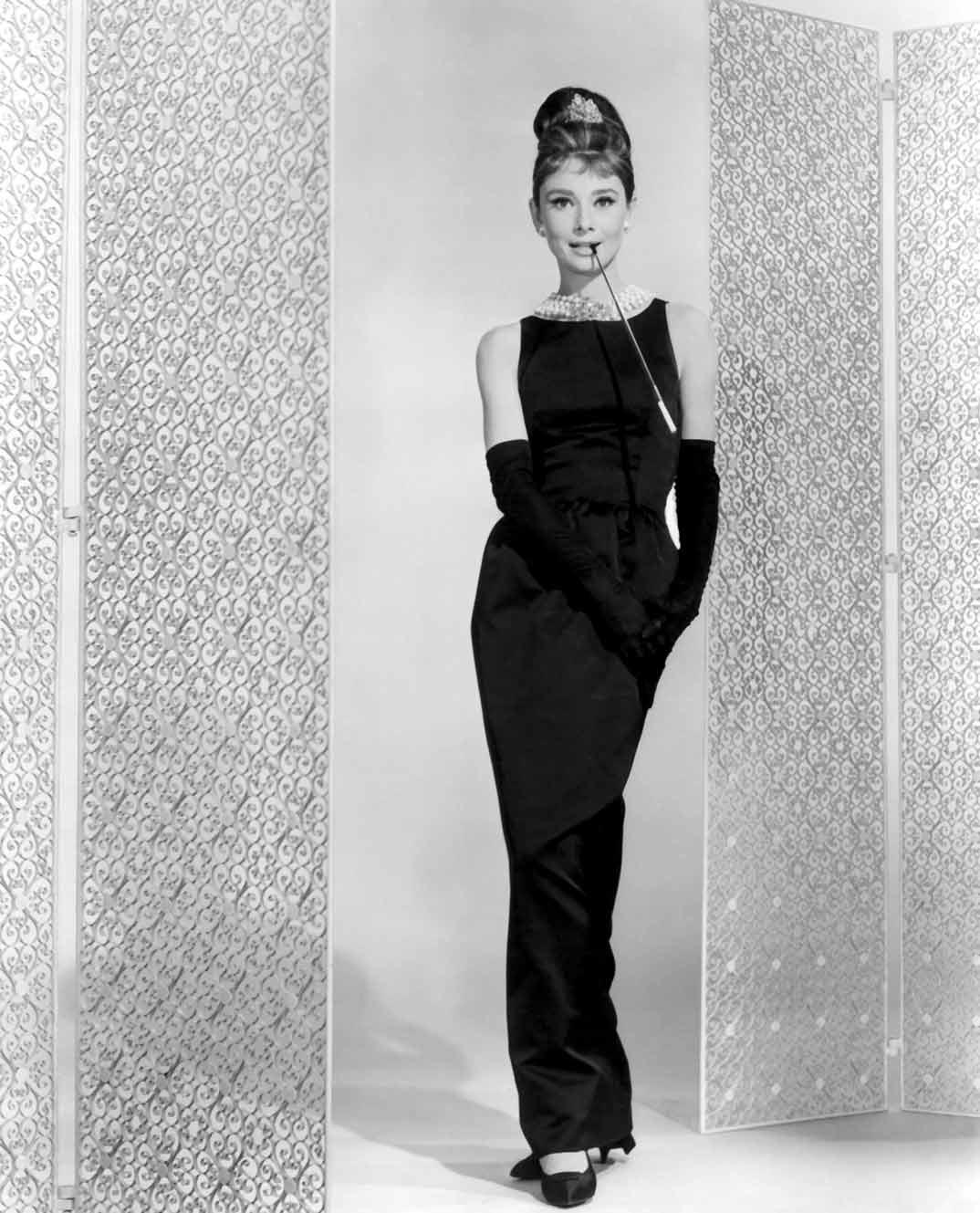 Audrey-Hepburn-Desayuno-con-diamantes