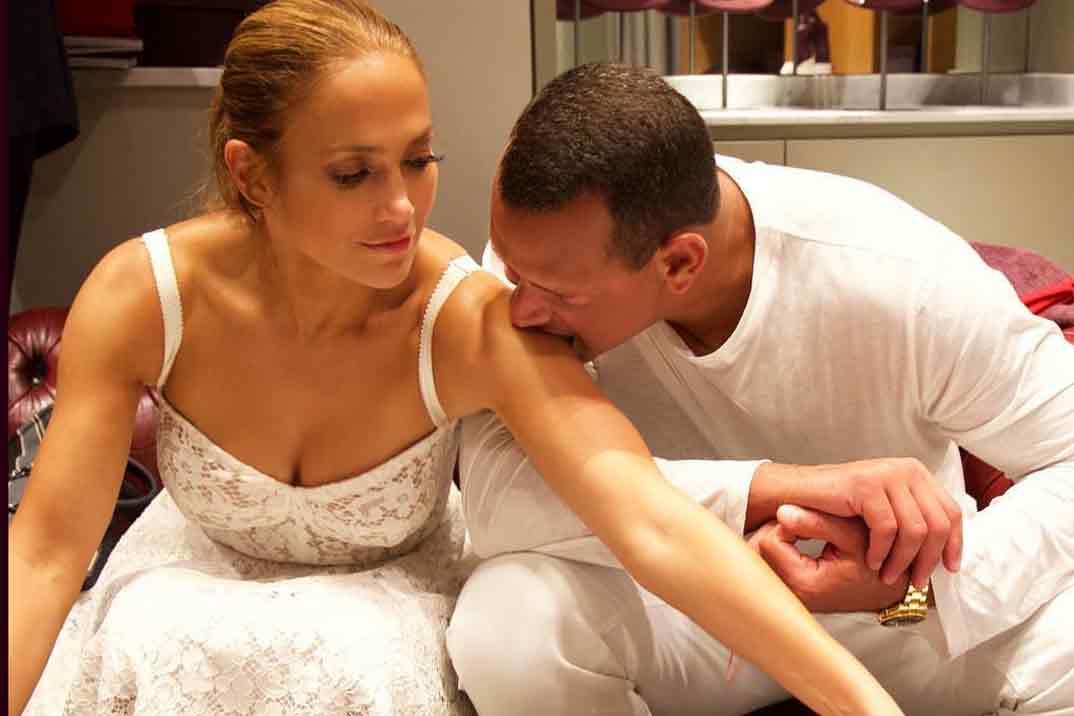 Jennifer López, románticas vacaciones en Capri
