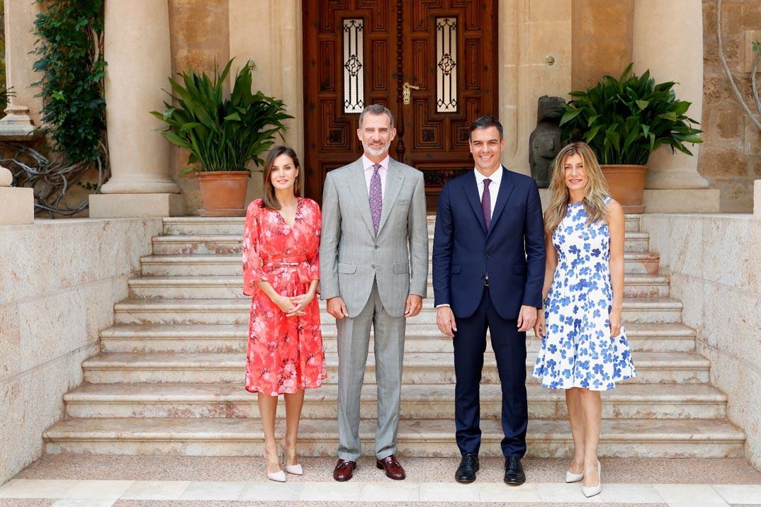 Reina Letizia, rey Felipe, Pedro Sanchez y Begoña Gómez