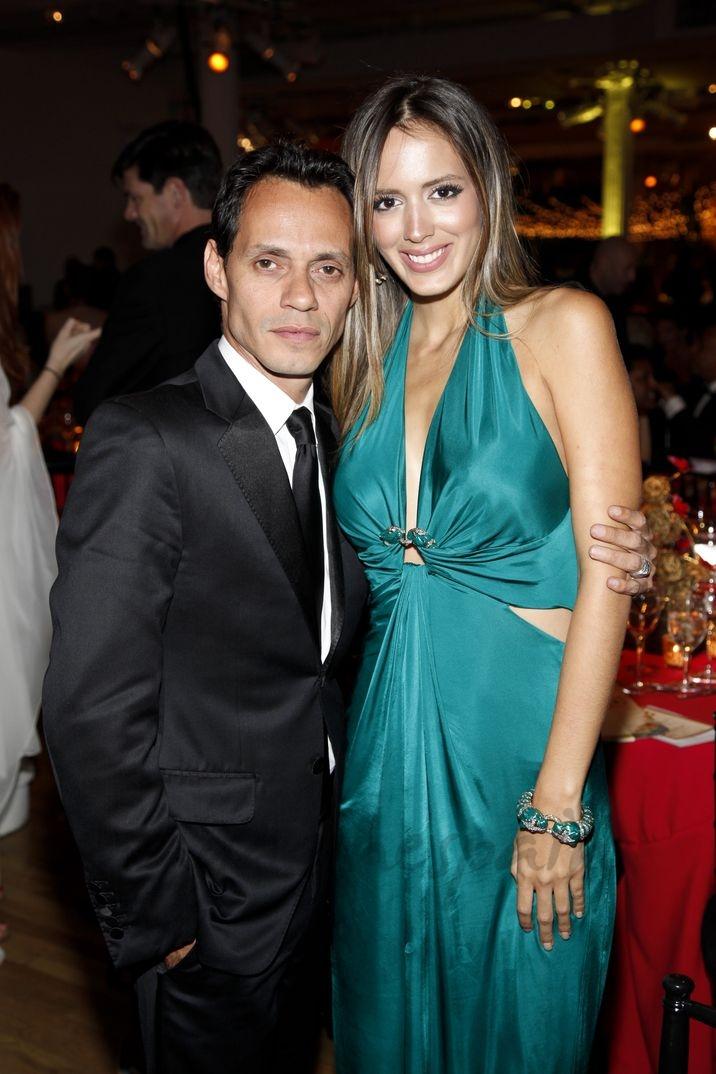 Marc Anthony con Shannon de Lima - Happy Hearts Fund Gala - 2012