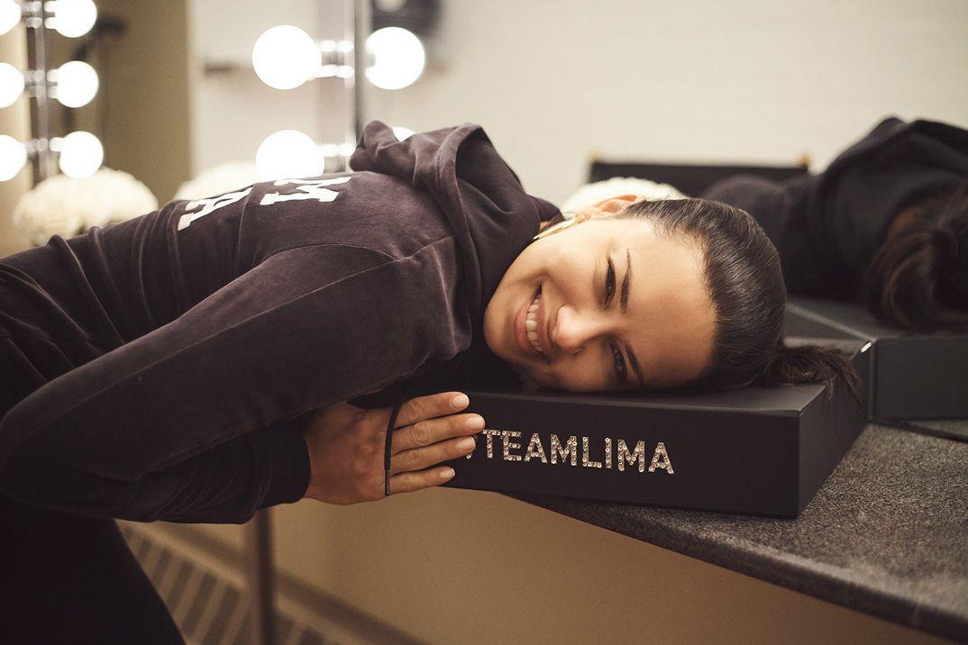 Adriana Lima - Puma