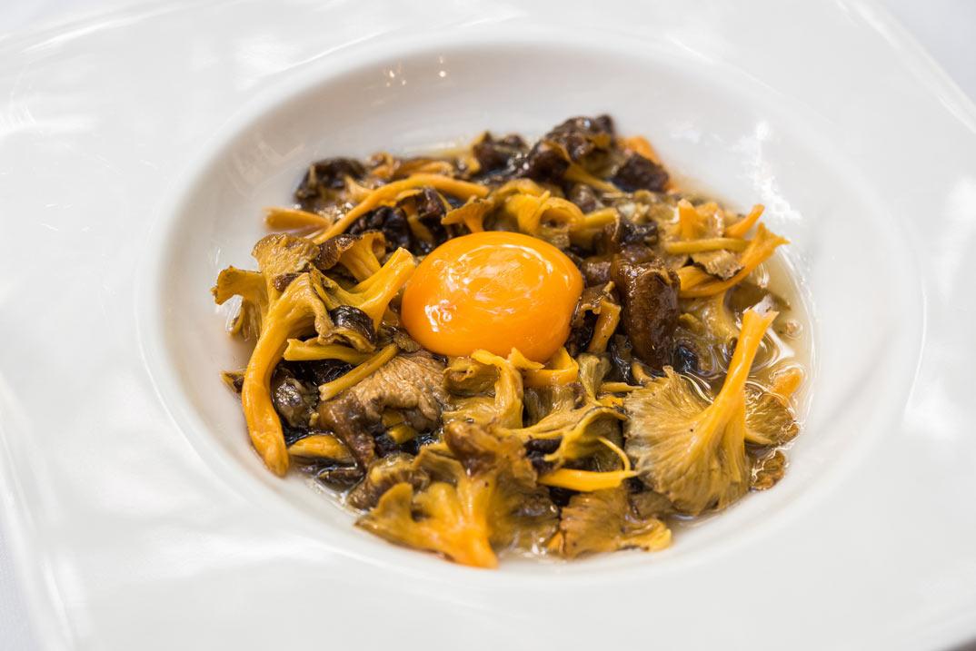 angula-monte-salteada-cocina-maria-luisa