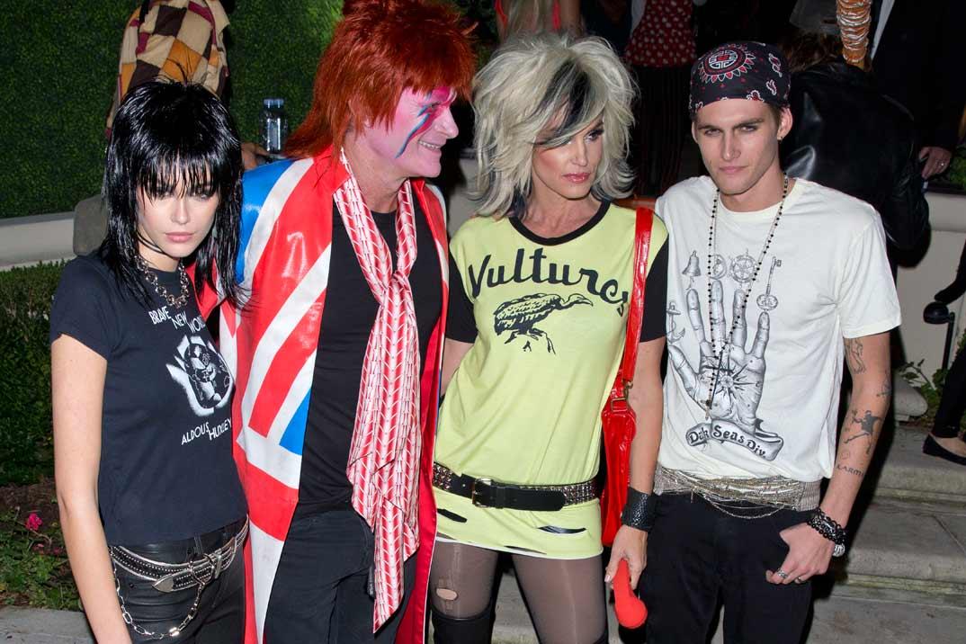 Cindy Crawford y su divertida fiesta de Halloween ¡ideal para coger ideas!
