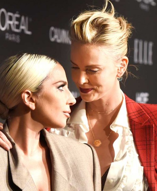 Lady Gaga, Charlize Theron o Keira Knightley… ¿Cuál fue el mejor look de la fiesta Elle Women in Hollywood?