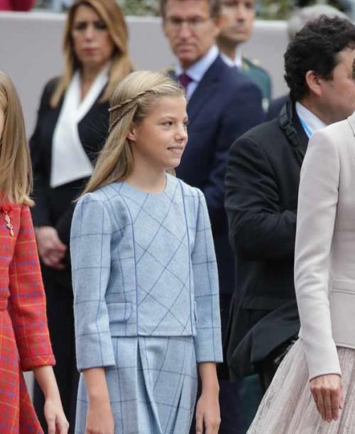 La reina Letizia apuesta de nuevo por Felipe Varela en el Día de la Hispanidad