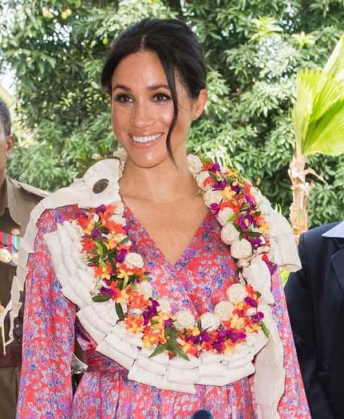 Meghan Markle añade el estampado floral a sus vestidos premamá