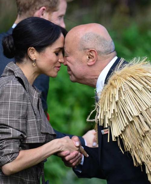 Meghan Markle conquista a los neozelandeses con un vestido de Asos low cost