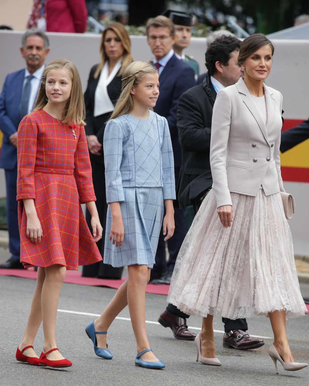 Princesa Leonor, infanta Sofía y la Reina Letizia