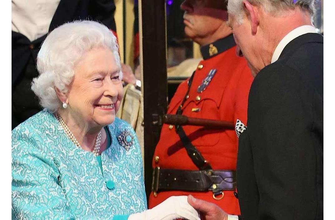 Las sorprendentes y emotivas palabras de la Reina de Inglaterra a su hijo Carlos