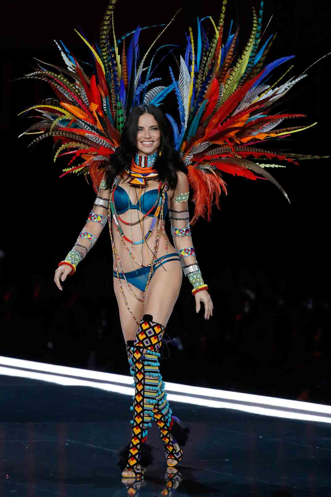 Adriana Lima - Victoria's Secret Fashion Show 2017