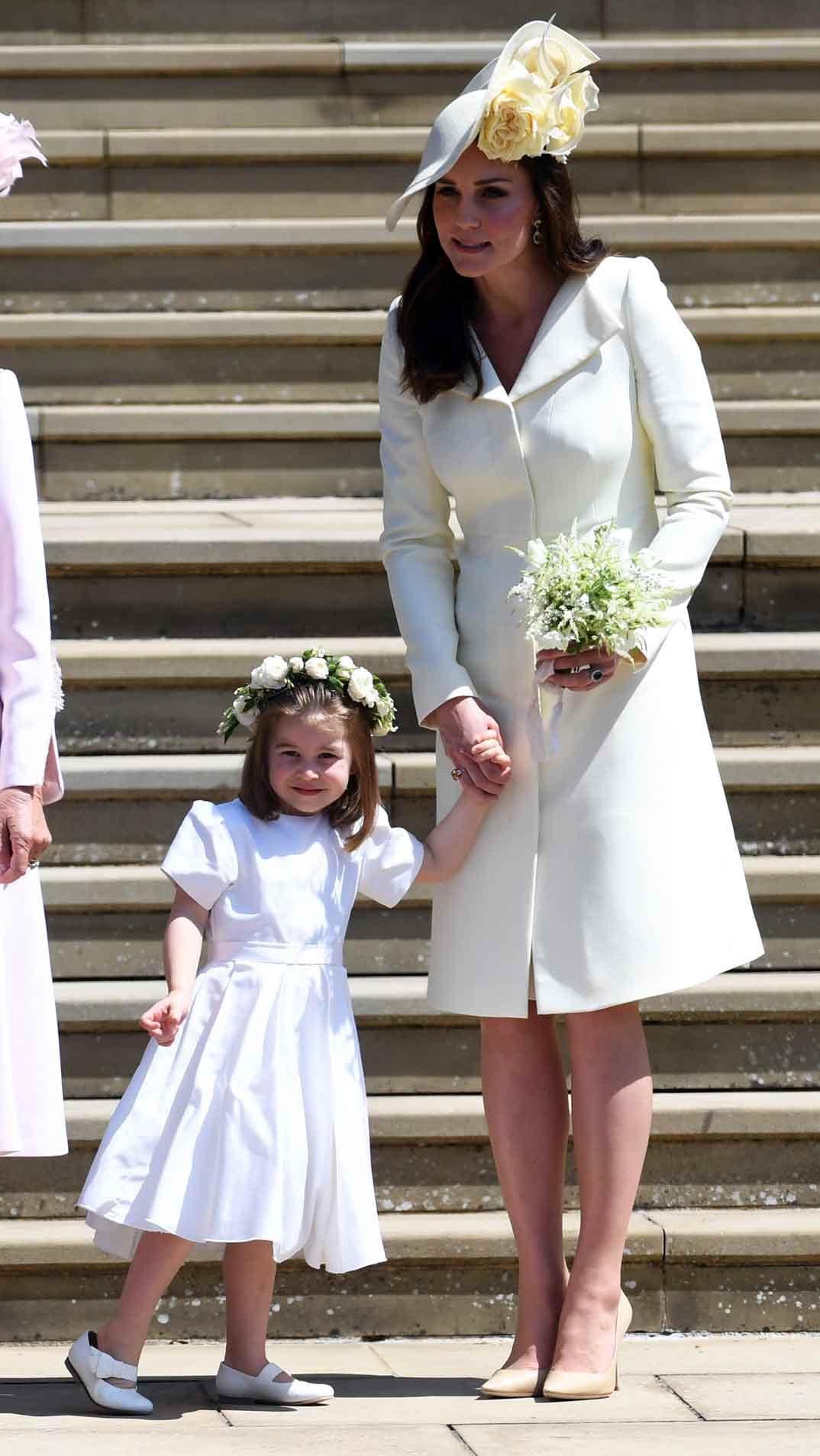 Kate Middleton y la princesa Charlotte- Boda del príncipe Harry y Meghan Markle