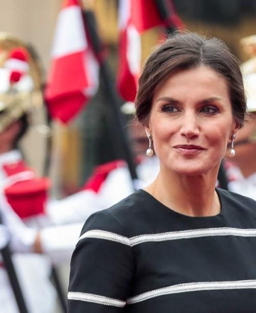 Todos los detalles del look de más de 4.000€ de la reina Letizia en Perú