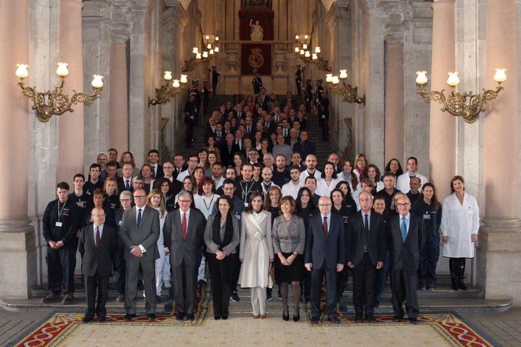 La Reina con los alumnos y asistentes © Casa S.M. El Rey