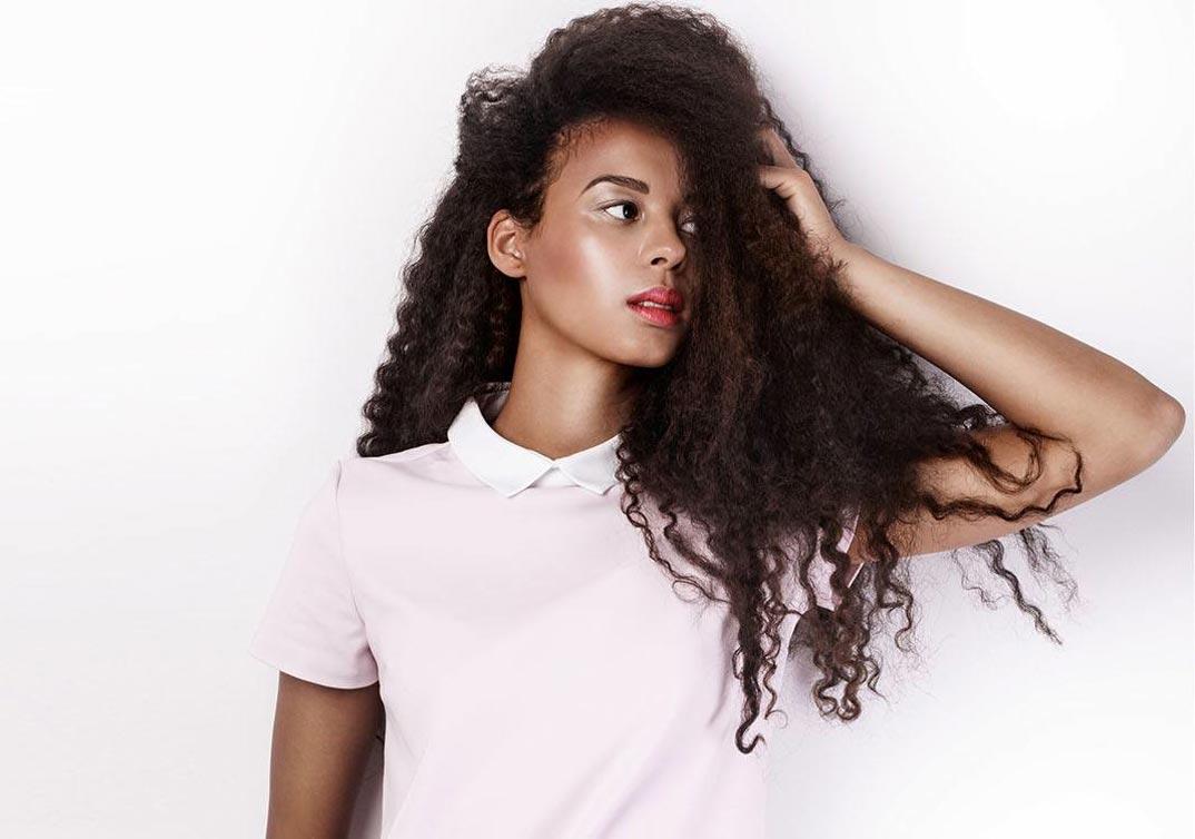 Melena curly