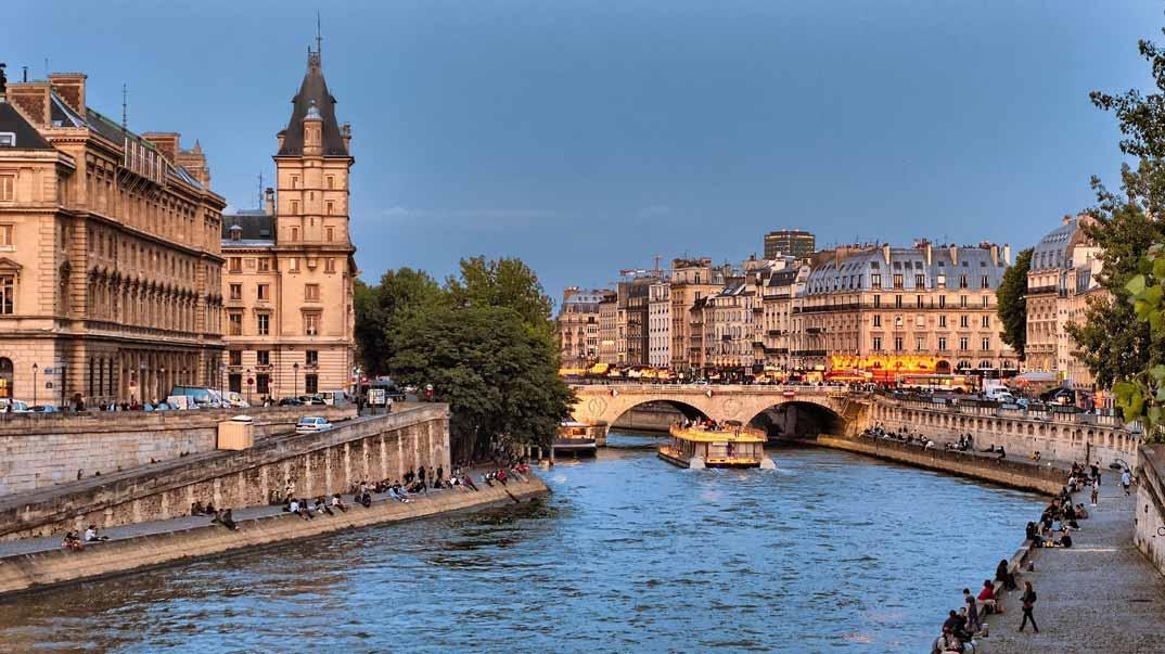 Sena-rio-Paris