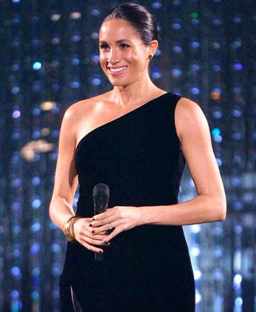 Meghan Markle aparece por sorpresa en los British Fashion Awards