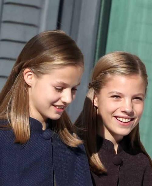 Los looks al detalle de la reina Letizia y sus hijas en el 40º de la Constitución