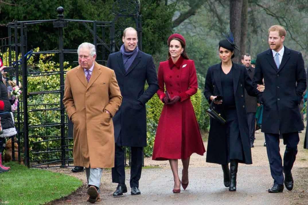 Los Duques de Cambridge con los Duques de Sussex y el Principe Carlos