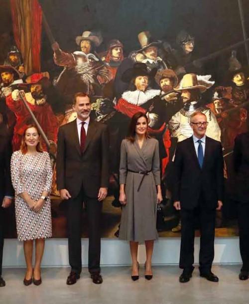 """Los Reyes inauguran la exposición """"Poéticas de la democracia. Imágenes y contraimágenes de la Transición"""""""