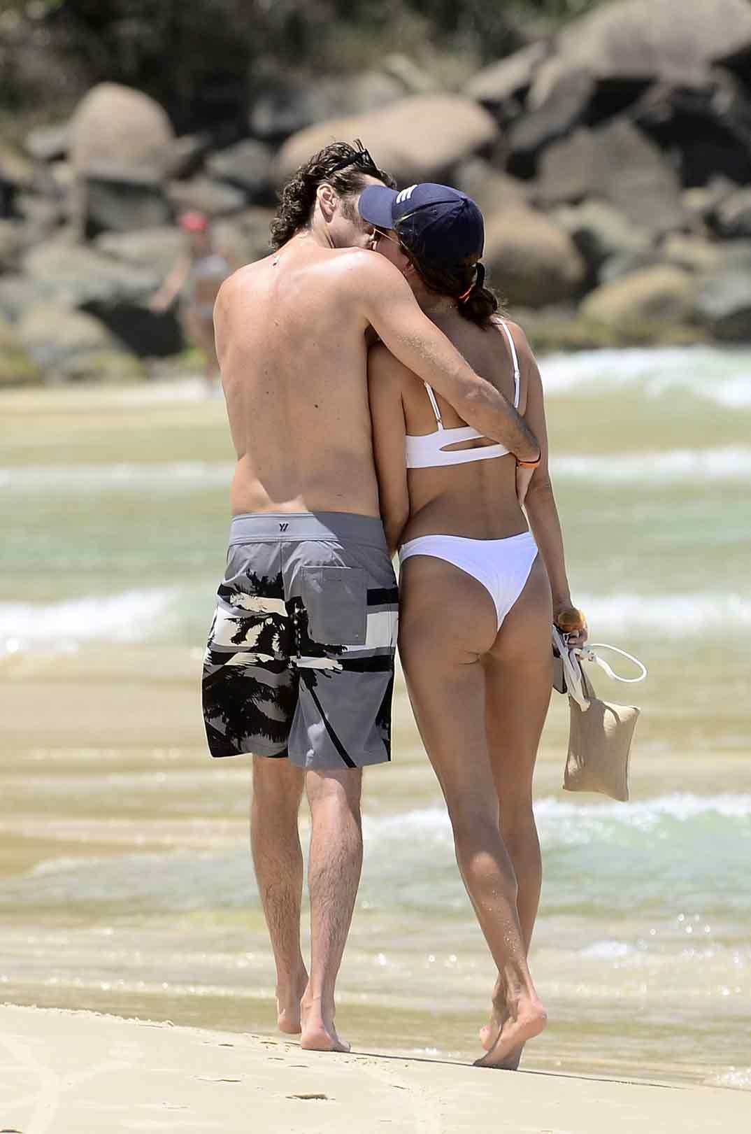 Alessandra Ambrosio con su novio Nicolo Oddi