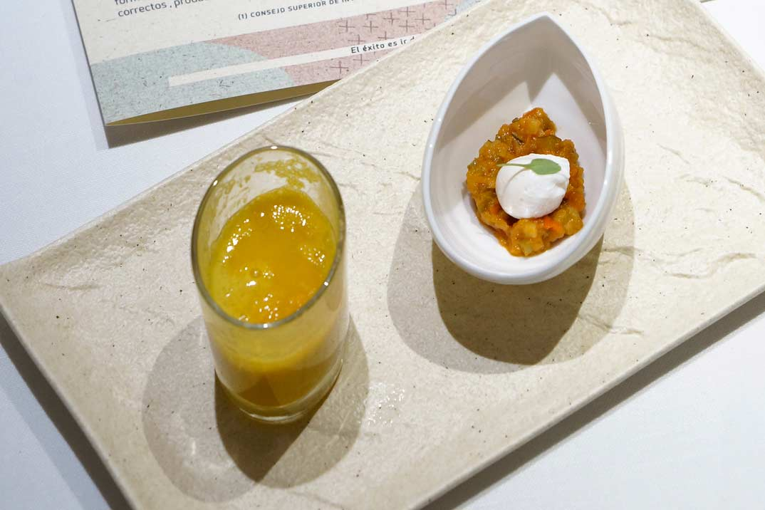 crema-zanahorias-y-pisto-con-huevo