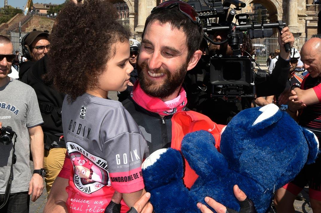 Dani Rovira comparte su terrible accidente cuando iba en bici