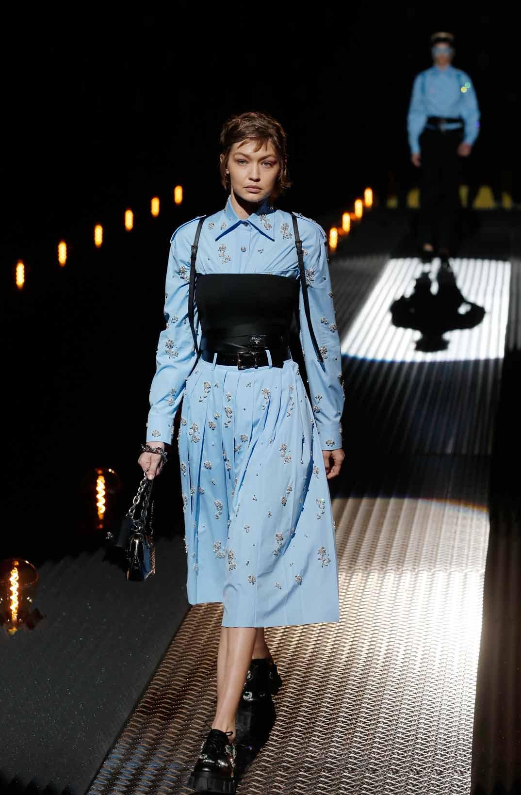 Gigi Hadid - Semana Moda Masculina Milán - Otoño/Invierno 2019-20