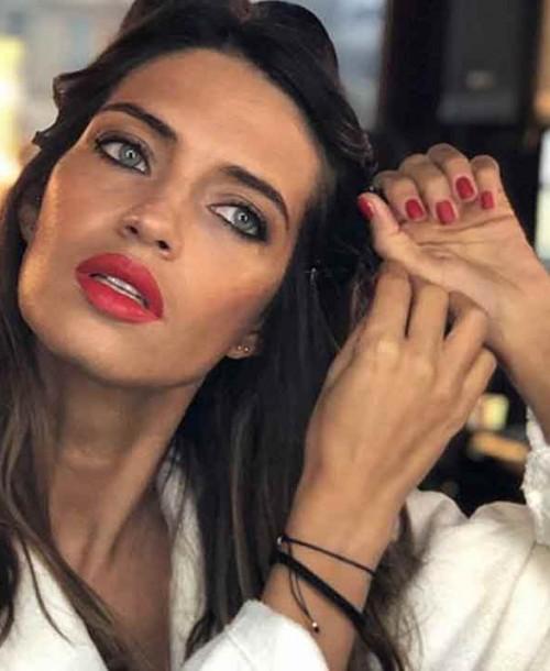 Copia el look parisino de Sara Carbonero