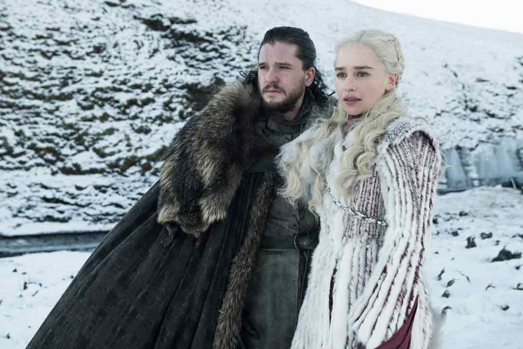 Daenerys Targaryen (Emilia Clarke) y Jon Nieve (Kit Harington) Juego de Tronos - Temporada 8 © HBO