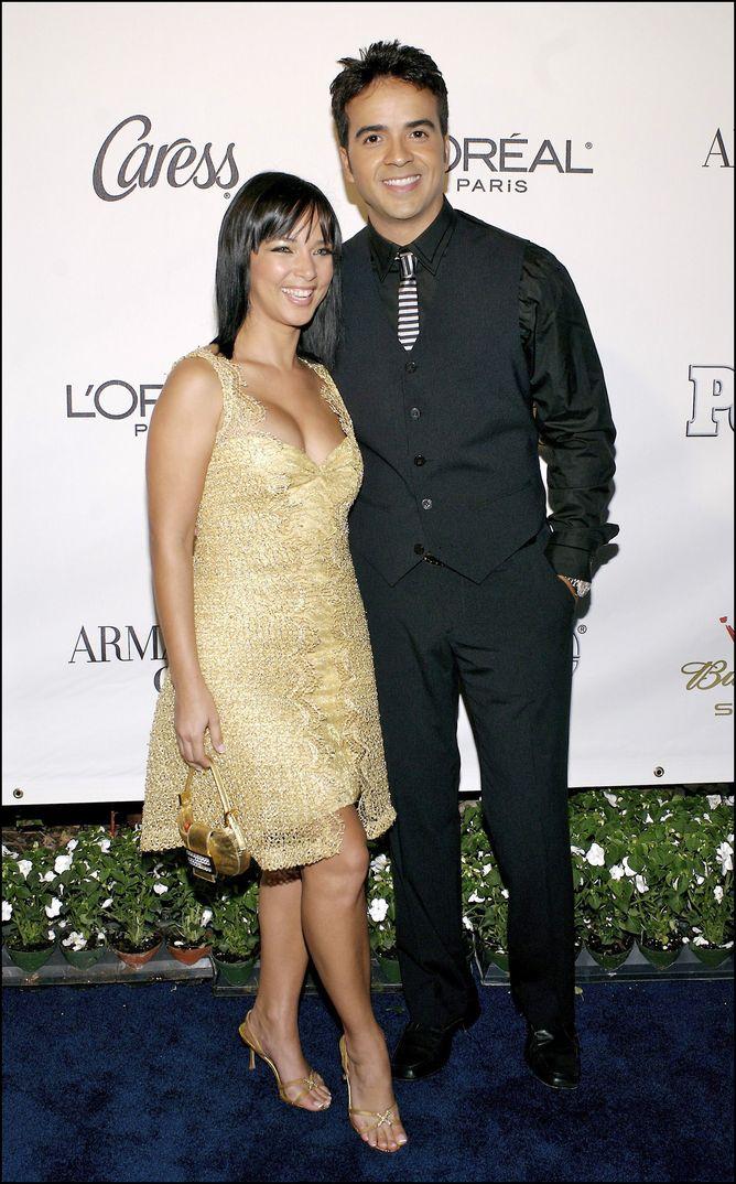 Luis Fonsi con Adamari López - Fiesta People en Español - Stars of The Year - 2006