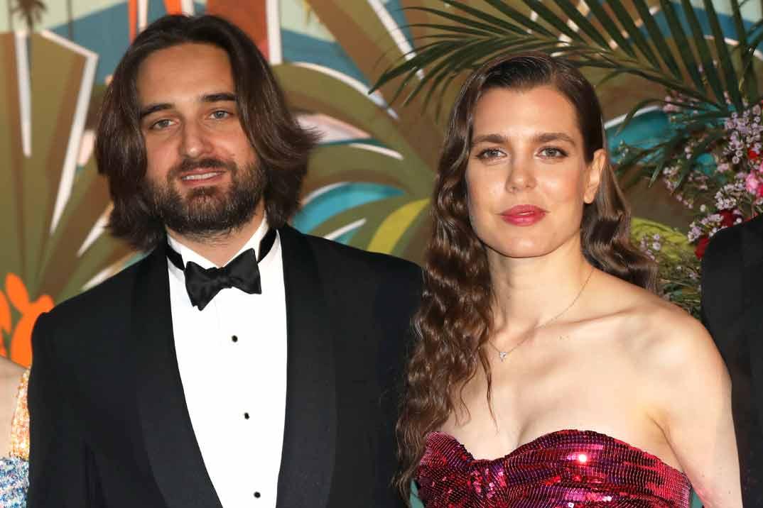 La reaparición de Carlota Casiraghi con Dimitri Rassam en el Baile de la Rosa