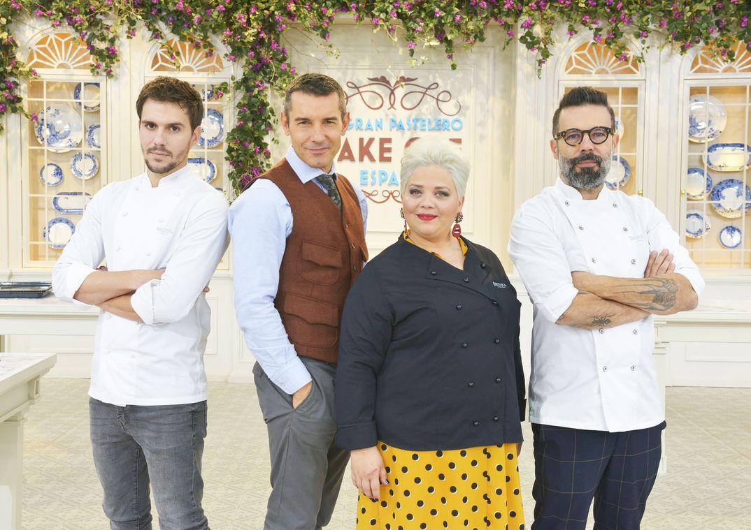 Jesús Vázquez y el Jurado de Bake Off España © Mediaset/Cuatro