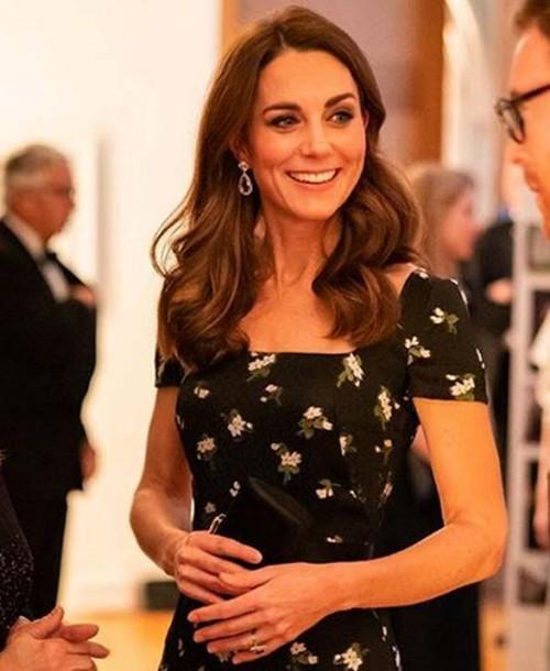 Kate Middleton o Victoria Beckham ¿Quién fue la más elegante de la noche londinense?