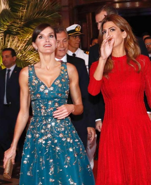 Duelo de elegancia en Argentina: Reina Letizia vs Juliana Awada
