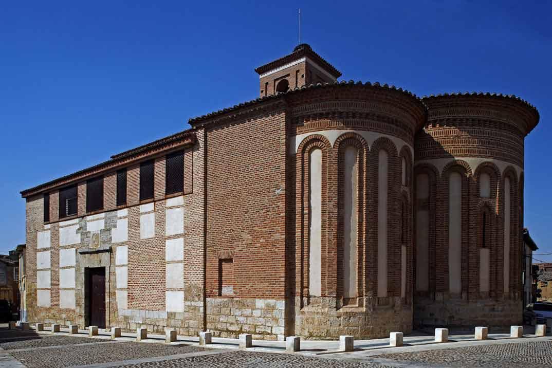Toro-Iglesia-de-San-Salvador-de-los-Caballeros-1