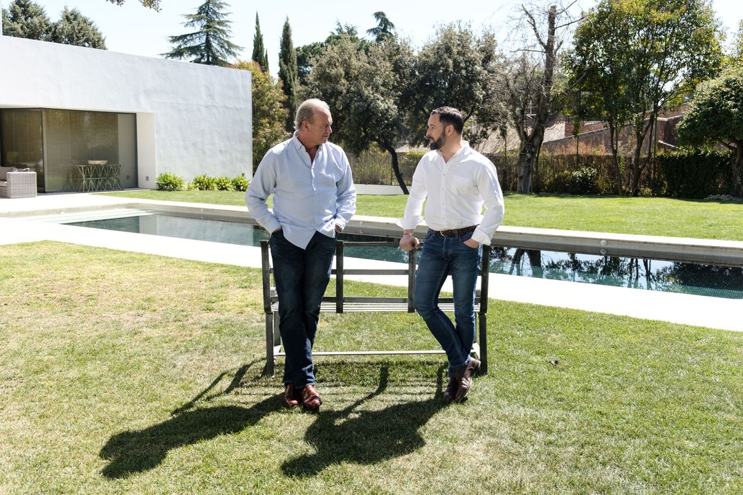 Bertín Osborne y Santiago Abascal - Mi Casa es la Tuya © Mediaset
