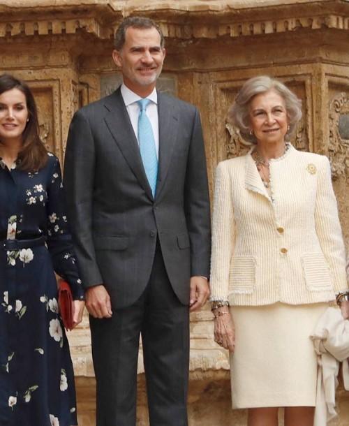 Las mejores imágenes de la Familia Real en la tradicional Misa de Pascua
