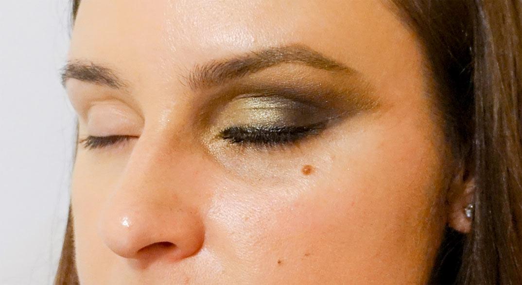 maquillaje-ojos-cerrados