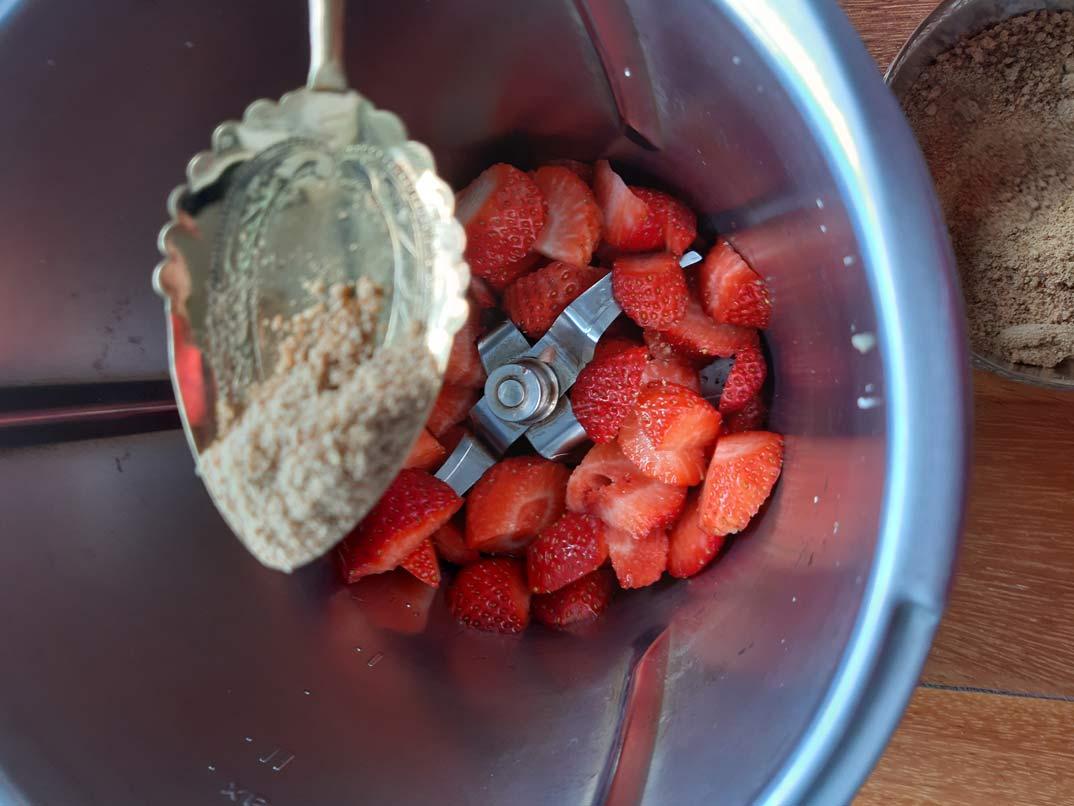 mermelada-fresa-azucar