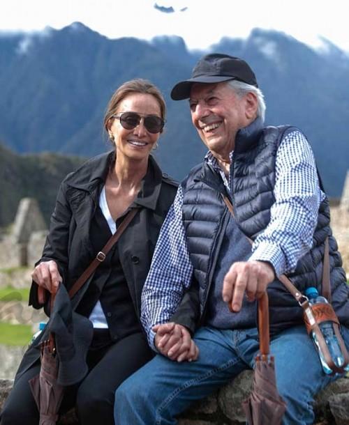 Isabel Preysler se sincera, por primera vez, del difícil comienzo de su relación con Vargas Llosa