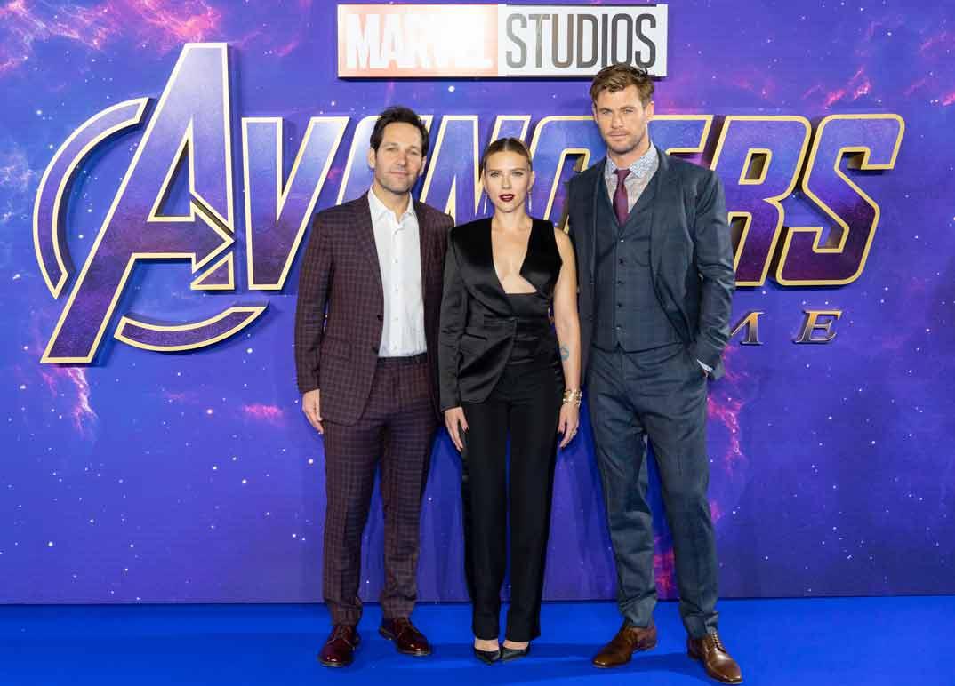 Scarlett Johansson con Paul Rudd y Chris Hemsworth - Estreno 'Los Vengadores: Endgame' Londres