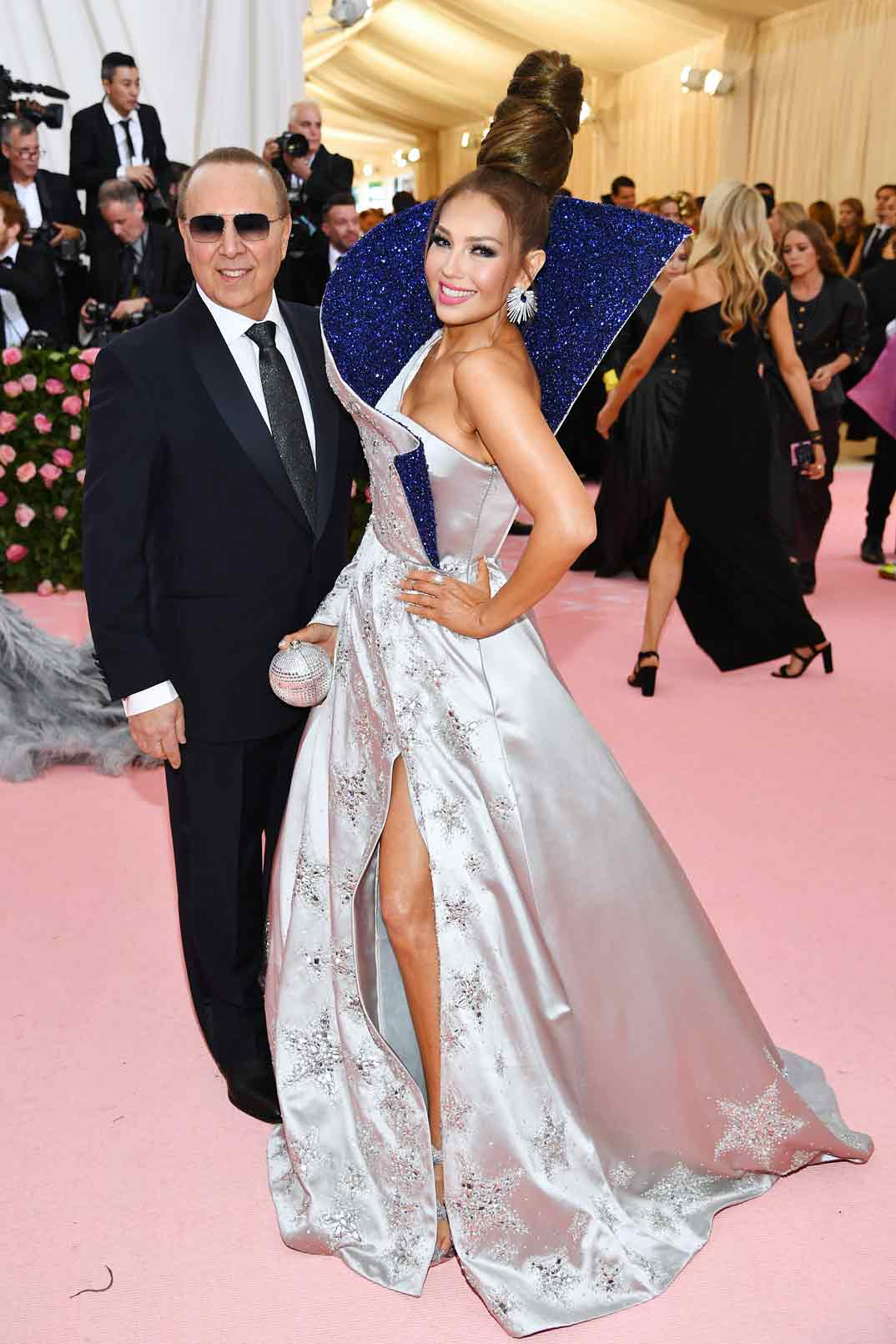 Thalia y Tony Mottola - Gala Met 2019 © Tommy Hilfiger