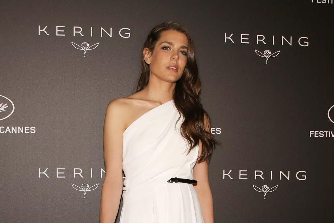 Carlota Casiraghi conquista Cannes con un vestido de inspiración griega