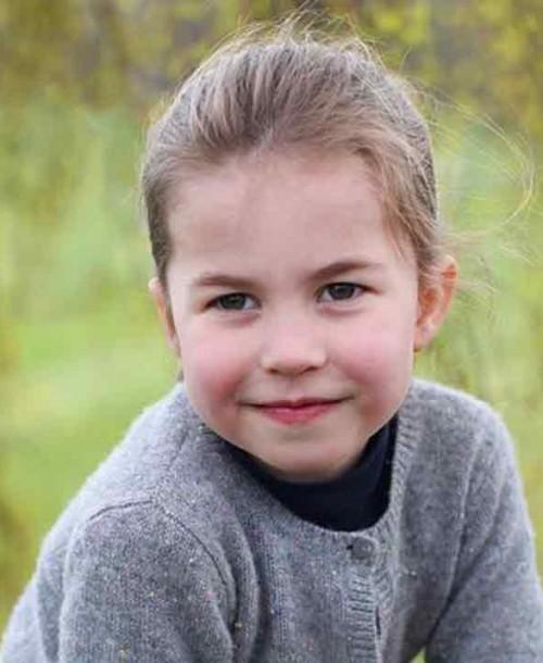 Las imágenes más entrañables de Charlotte de Cambridge en su cuarto cumpleaños