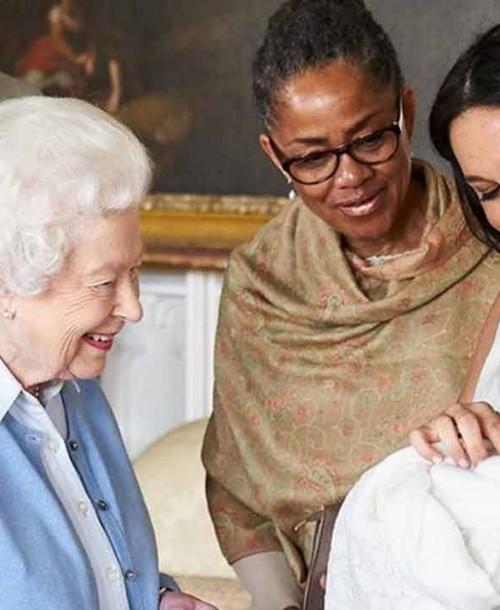 La reina Isabel II ya conoce al pequeño Archie Harrison