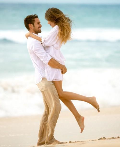 ¿Por qué son tan intensos los amores de verano?