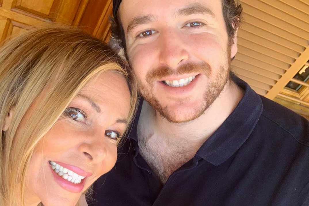 Ana Obregón y su hijo Alex Lequio