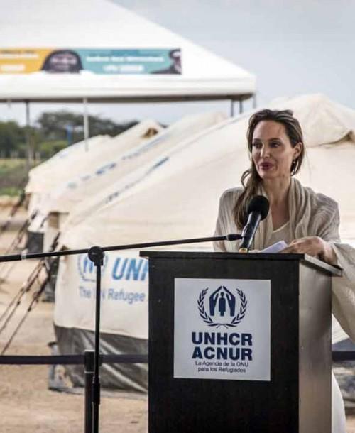 Angelina Jolie, solidaria con los más necesitados