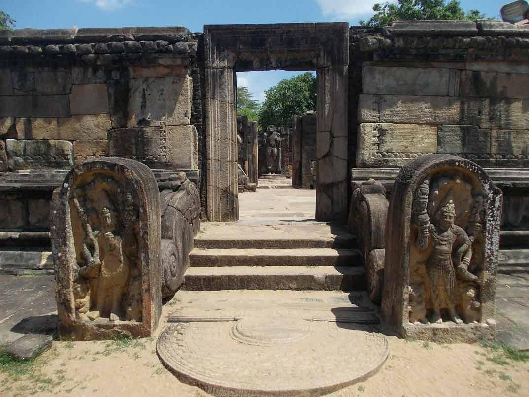 polonnaruwa-hadatage