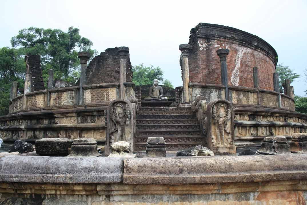 polonnaruwa-vatadage-2